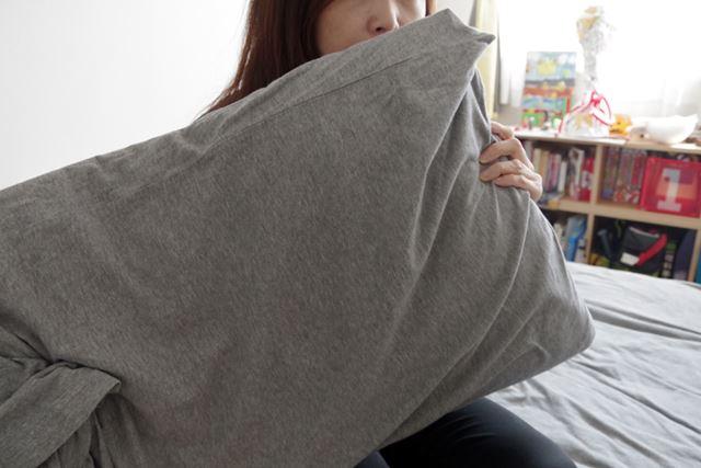 枕に付いていた頭髪臭は完全に消滅! 温風で枕が裏面までフカフカになるのも気に入りました