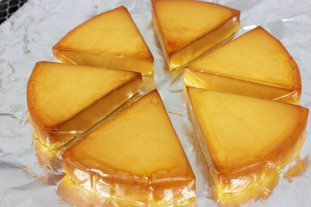 約18分で燻製終了。チーズは見事な飴色に変身しました