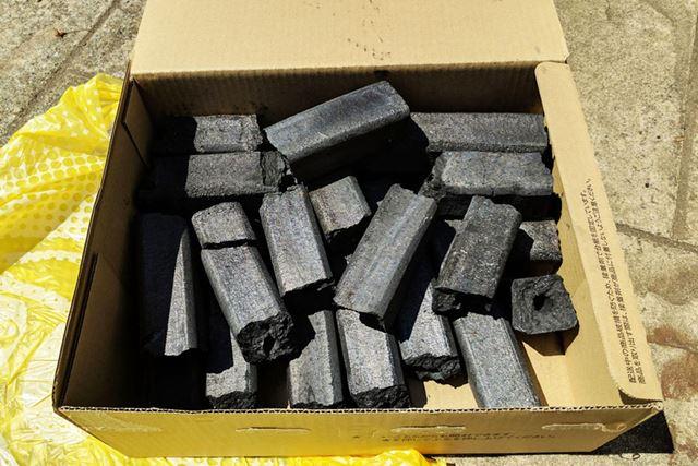 炭は大黒オガ備長炭を使用しました