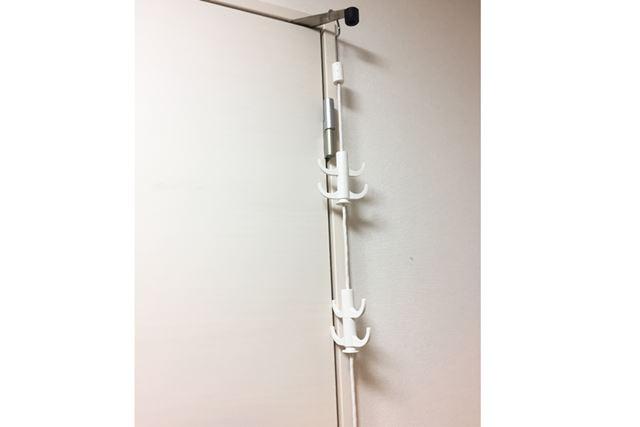 扉やクローゼットなど、S字フックをかけることができればどこでも使えそう