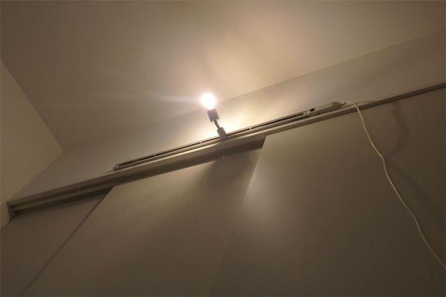 リモコンでスイッチをオン! 無事に点灯しました