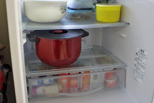 フタが付属しているので、内鍋にかぶせればそのまま冷蔵庫で保存できます
