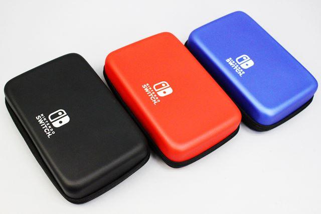 「EVAポーチ for Nintendo Switch」のカラバリは、ブラック/レッド/ブルーの3種類です
