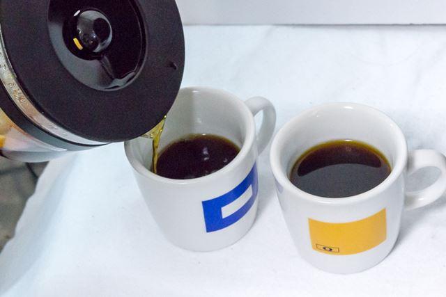仕上がったコーヒーはすっきりとした雑味のない味