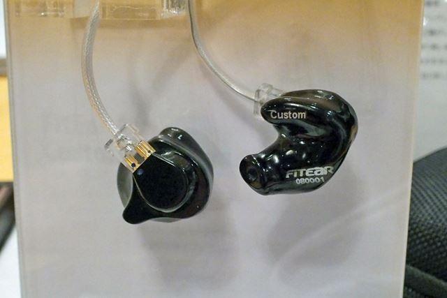 FitEar Custom。付属ケーブルは「FitEar cable 005」だ