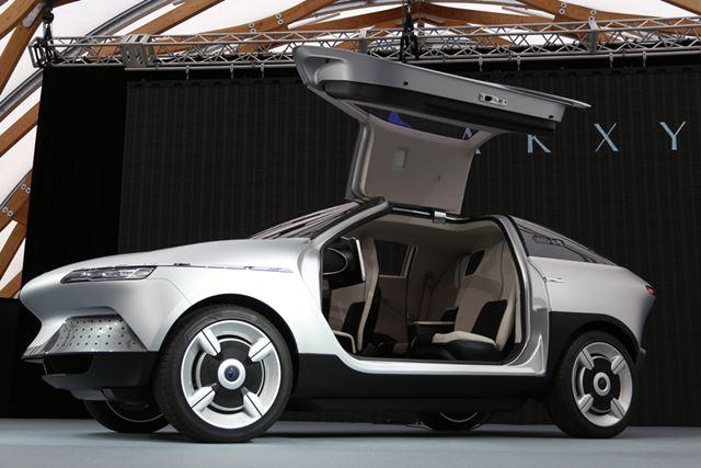 旭化成とGLMが共同開発したコンセプトカー「AKXY」