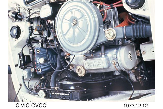 1973年に追加された「CVCC」エンジン搭載モデルは、ホンダの技術的な知名度を飛躍的に高めた