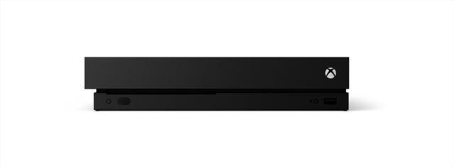 「Xbox One X」の前面。USB 3.0ポート×1