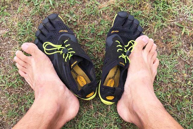 足の指がしっかり伸びて、開くようになった