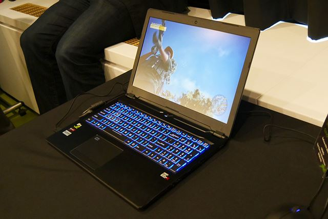 GeForce GTX 1070を搭載するCLEVO「P950」(厚さは19mm)