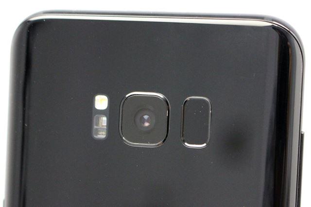 メインカメラの仕様は、基本的に前機種「Galaxy S7 Edge」と同じだ