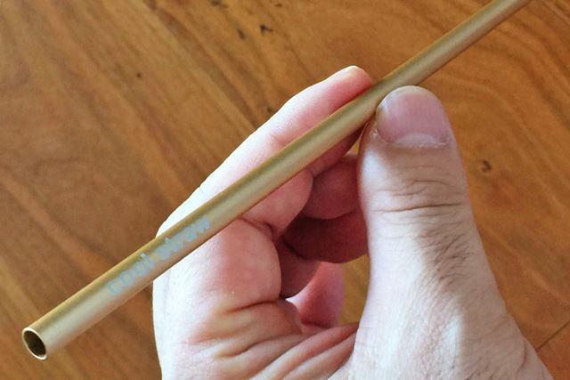 直径は5.8mm、長さは198mmと大きさは一般的なストローと変わりません