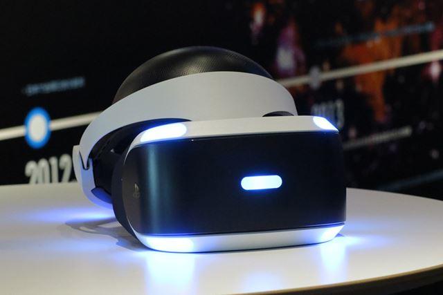 VRシステムには、家庭用ゲーム機向けのVRデバイス「PlayStation VR」が使われています