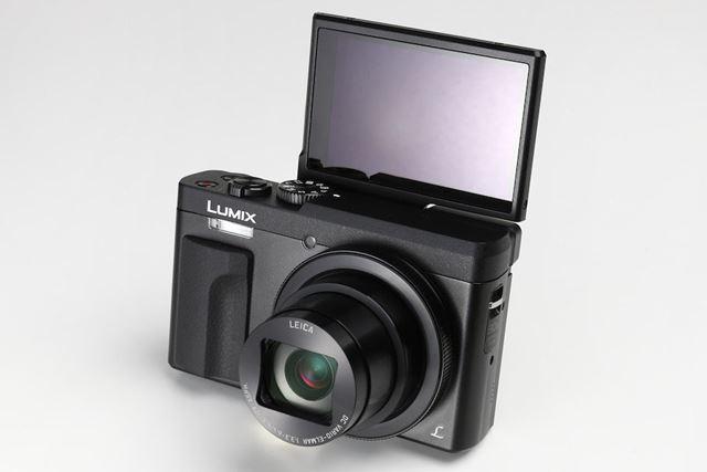 パナソニックの高倍率ズームコンデジ、LUMIX DC-TZ90。広角24mm〜望遠720mmの光学30倍ズームレンズを搭載する最新モデルで、コントロールリングと電子ビューファインダーを装備するなど上級者向けの機能が充実しています。4K/30p動画記録や、4K画質で30コマ/秒の高速連写が可能な「4Kフォト」なども搭載