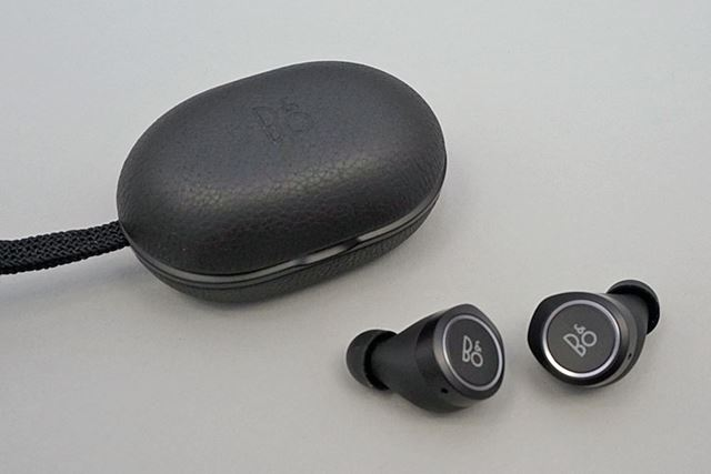 B&O PLAY「Beoplay E8」