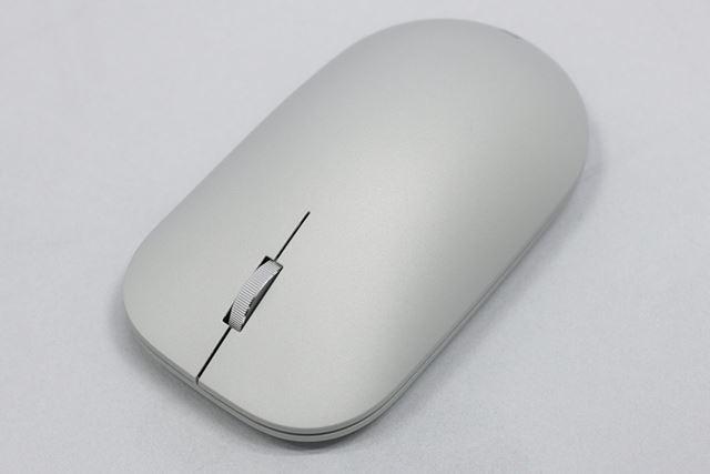 Surface Studioと同じカラーリングのSurfaceマウス