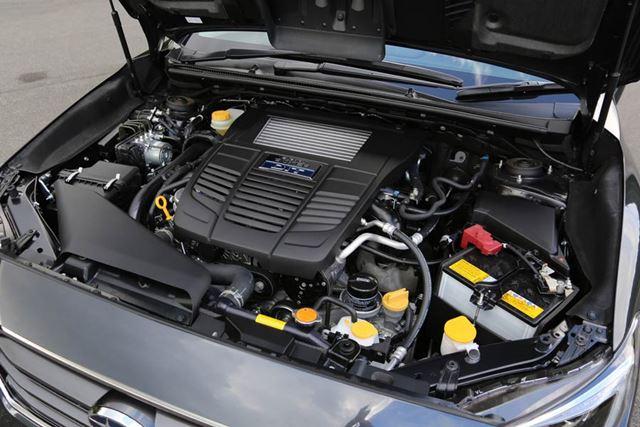 新型レヴォーグ 1.6L車のエンジンルーム