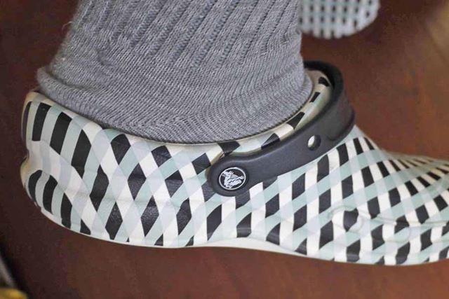 履いたときもかかと部分がしっかりガードされているのがわかります