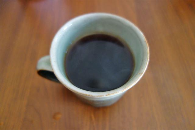 ブラックコーヒーをいれまして