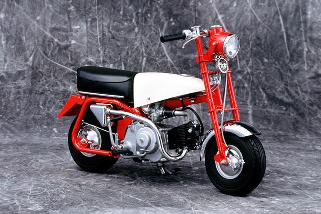 1961年に開催された日本自動車ショーに出展された「Z100」は、その後のモンキーシリーズの源流となった