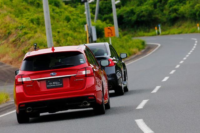 アイサイト・ツーリングアシストでは、先行車がブレーキをかけた際の反応もとても自然で好ましい