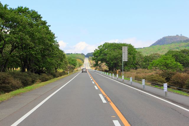 榛名湖付近にある直線道路