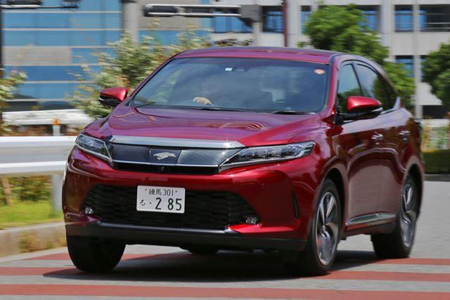 トヨタ 新型「ハリアーターボ」走行シーン/試乗ドライバー:渡辺陽一郎氏