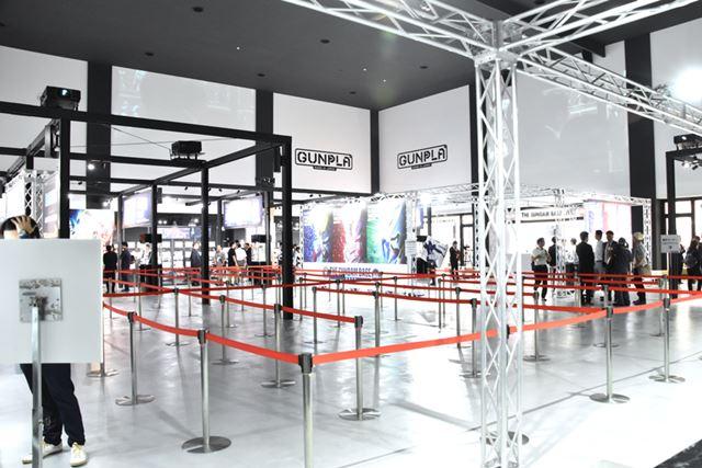 施設の中央にある広い空間が「イベントゾーン」になっている