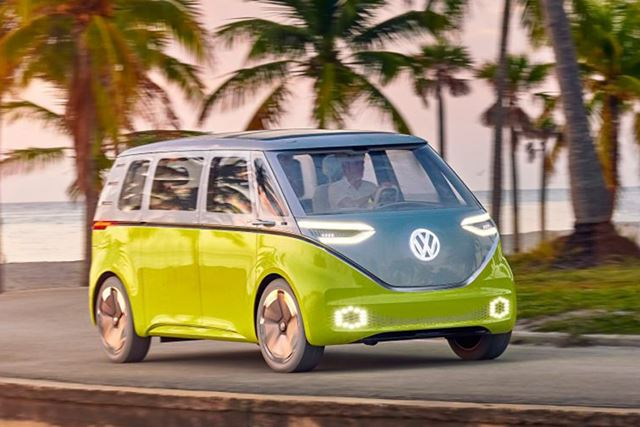 日本でも「ワーゲンバス」として知られる「タイプ2」が電気自動車として現代に復活