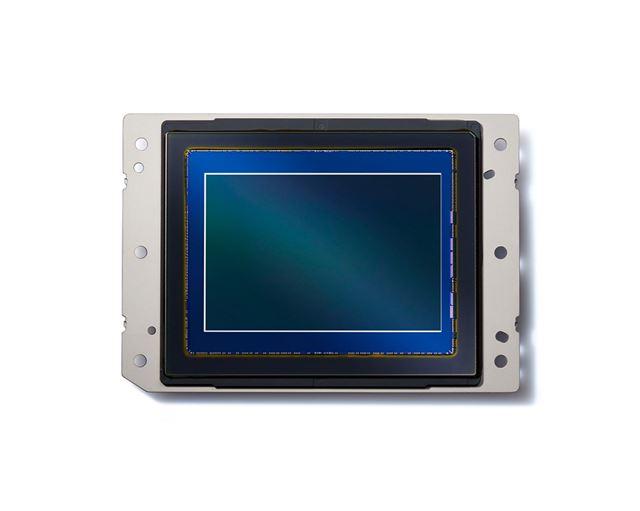 有効約4575万画素のニコンFXフォーマット裏面照射型CMOSセンサー