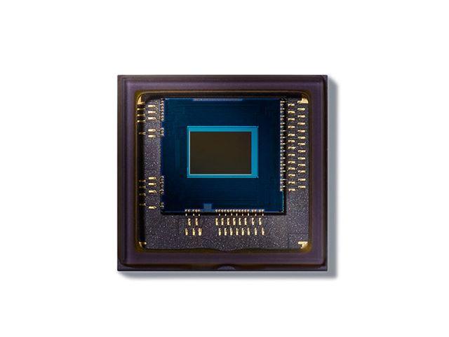 AEセンサーは、D5と同じ「180KピクセルRGBセンサー」だ