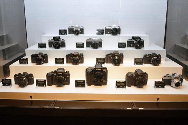 ニコンの歴代の名機を集めた展示コーナー