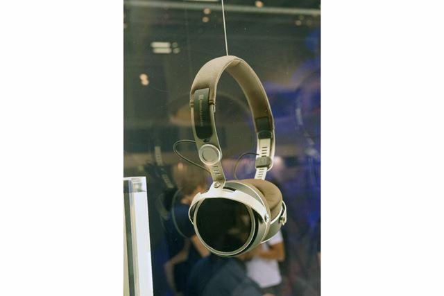 テスラドライバー搭載のワイヤレスヘッドホンの入門モデルとなる「Aventho Wireless」