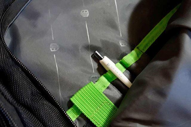 一応、カバンにボールペンを1本入れてあるんですが、まれに鉛筆や消しゴムが必要になることも…