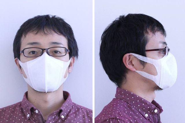 超立体マスク着用