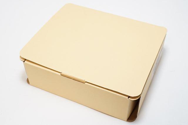 パッケージです。製品画像すら印刷されていないストレスフリーパッケージ