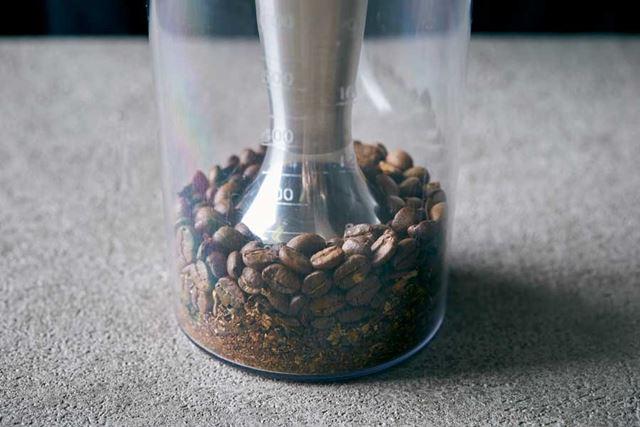 硬い食材のかくはん能力がアップ! コーヒー豆もどんどん砕けます