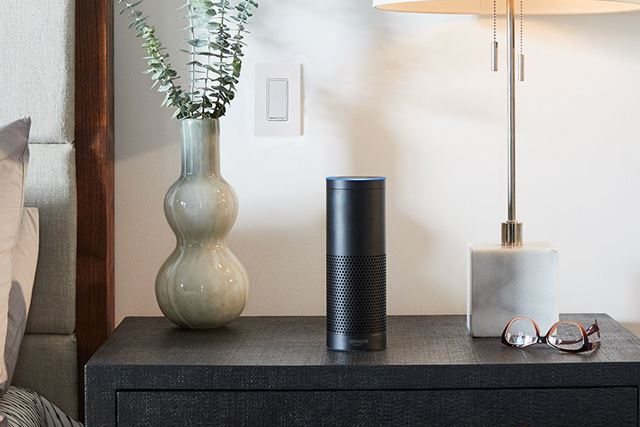 スマートホームのハブ機能を搭載する「Echo Plus」