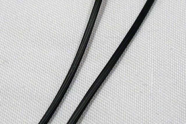 ケーブル表面にはセレーション加工を採用