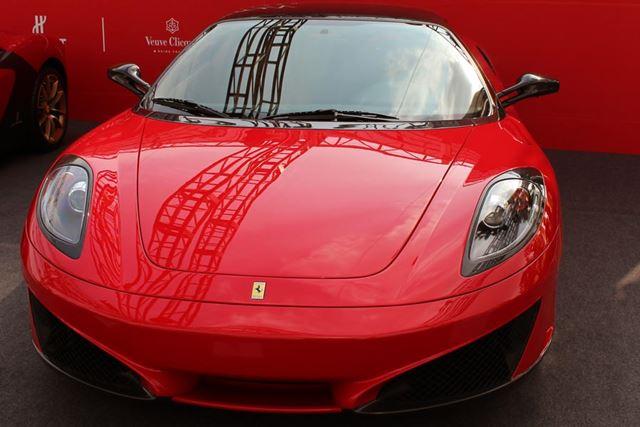 世界的なフェラーリコレクターとして知られる平松潤一郎氏の所有する完全なワンオフモデル「SP1」(2008年)