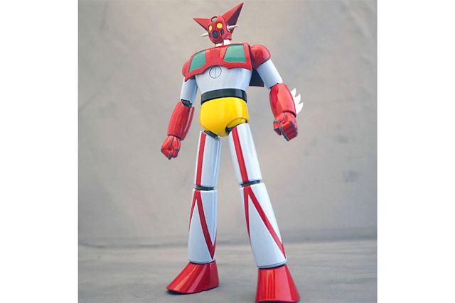 初代のTVアニメ版を忠実に再現したモデル。脚が長いでしょ?