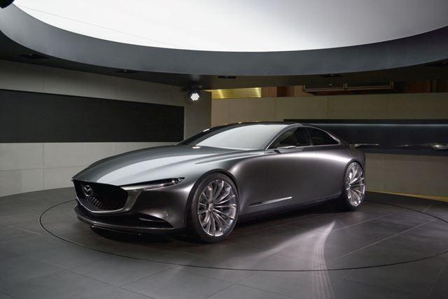 「マツダVISION COUPE」は、将来のマツダ車のデザインの方向性を示したもの