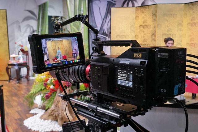 シャープの8Kカメラ「8C-B60A」