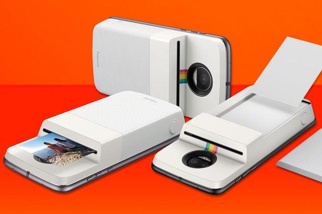 スマートフォンに取り付けるだけでポラロイド写真をプリントアウトできる「Polaroid Insta-Share Printer」