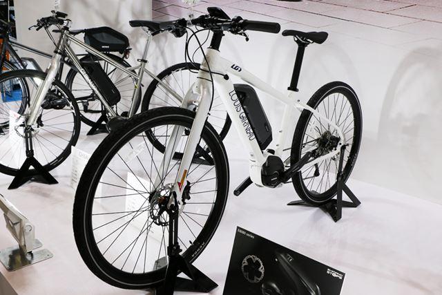 モデル名や価格は未定だが、「LOUIS GARNEAU(ルイガノ)」からもクロスバイクタイプが登場する予定だ