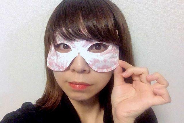 仮面…なんだこれ!! ちょっと変装気分でおもしろいですね(笑)
