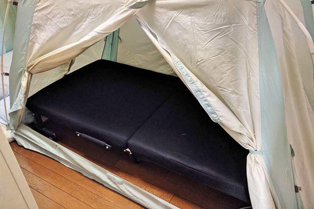 シングルベッドもすっぽりかぶせられます