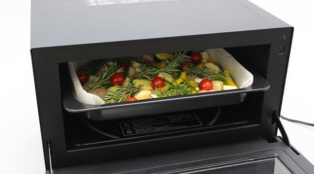 通常の「オーブン」でチキンと野菜のハーブ焼きを作ってみました