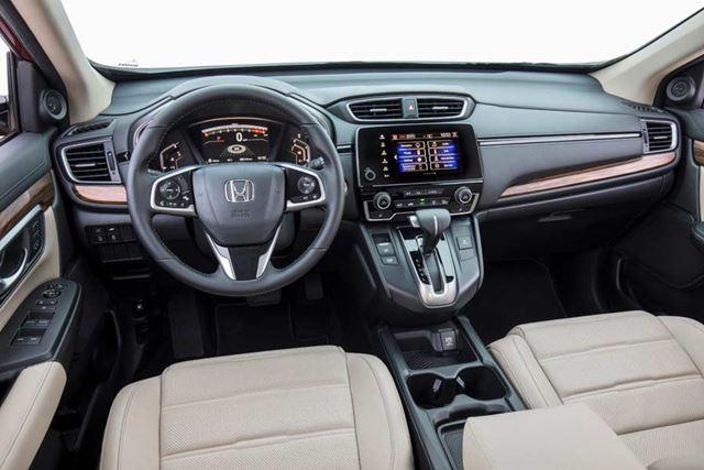 ホンダ 新型「CR-V」北米モデルのインパネ