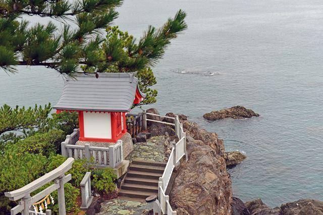 桂浜を一望できる竜王岬